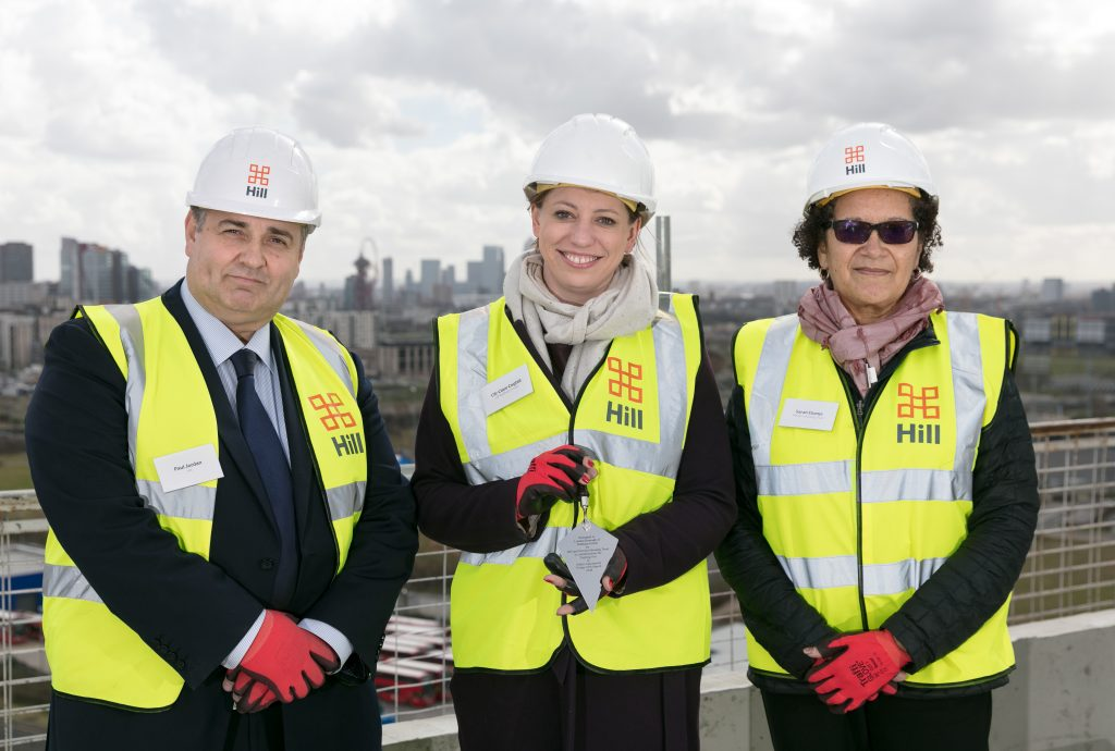 Topping out at Siskin Apartments